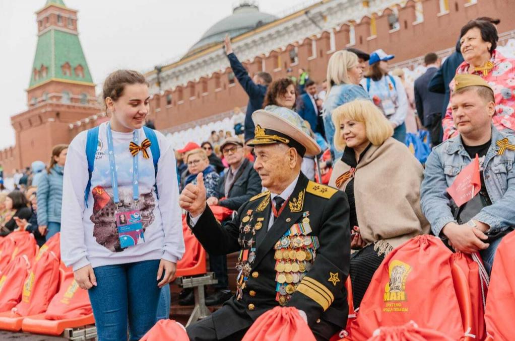 Добровольцы помогут в организации 9 мая на Красной площади
